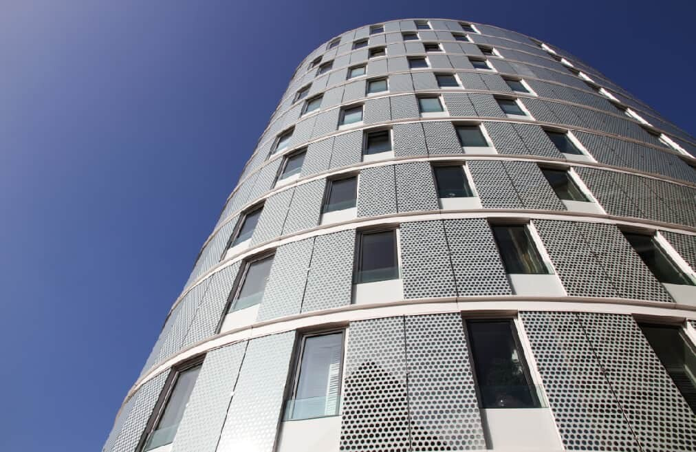 oval-tower-hafencity-hamburg-kaiserkai-by-abendfarben-tom-koehler
