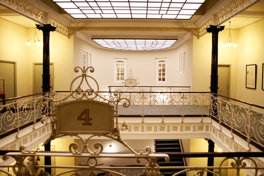 hamburg treppenhaus kontorhaus laeiszhof by architekturfotografie abendfarben tom koehler (5)