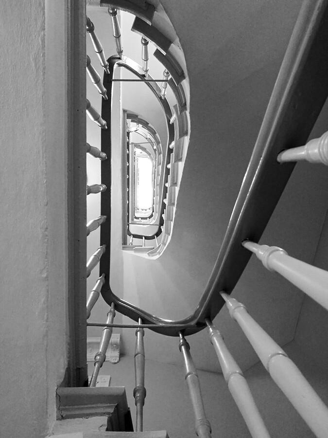 architekturfotografie-hamburg-treppenhaus-eimsbuettel-by-abendfarben-tom-koehler-(2)