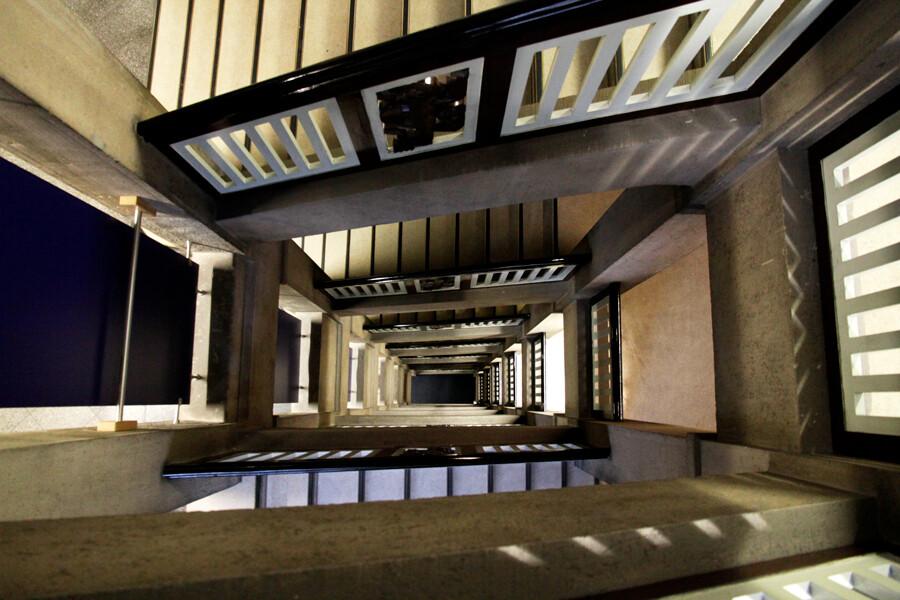 treppenhaus finanzbehoerde hamburg architekturfotografie tom koehler
