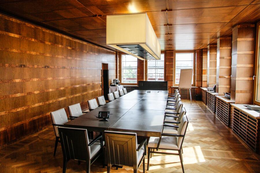 brahms-kontor-hamburg-konferenzraum-helmutschmidt-by-abendfarben