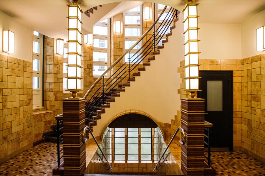 brahms-kontor-zugang-treppenhaus-architekturfotografie-hamburg-tom-koehler