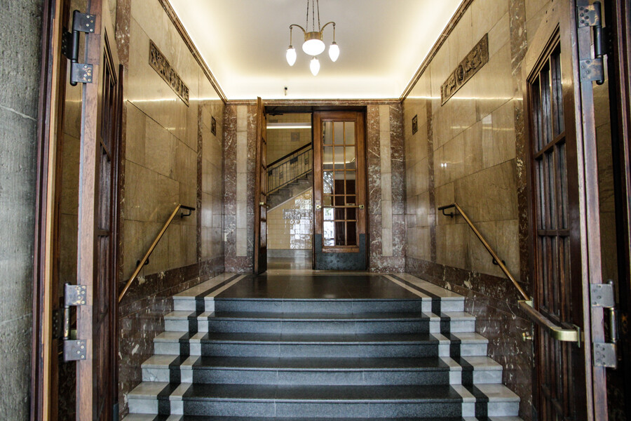kontorhaus-wallhof-hamburg-architekturfotografie-by--tom-koehler