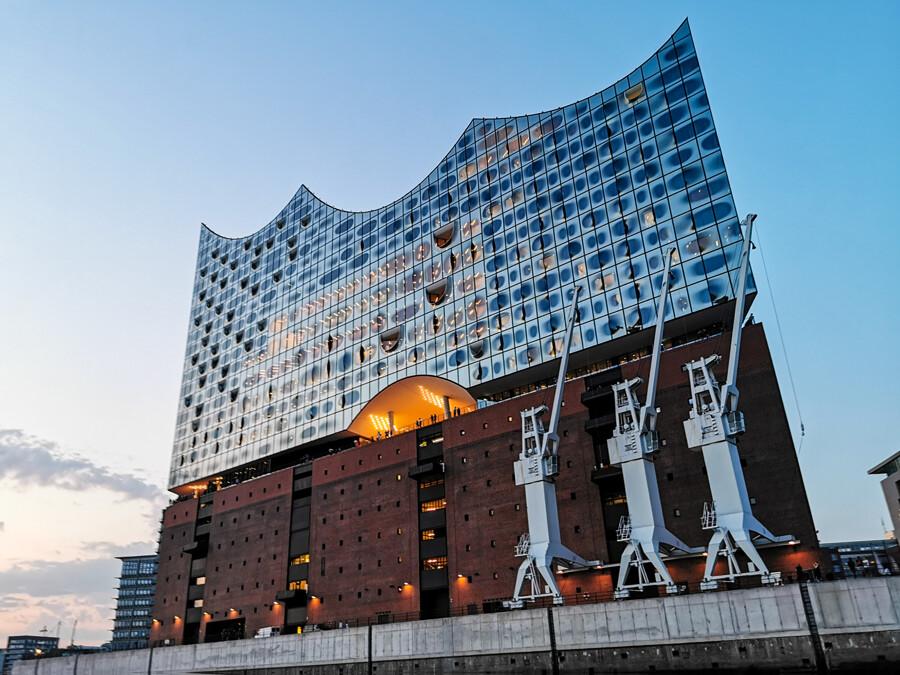 elbphilharmonie-hamburg-architekturfotografie-tom-koehler