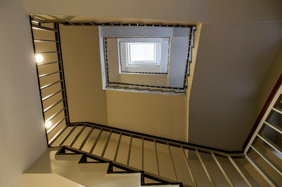 kontorhaus-georgshof-treppenhaus-hamburg-fotografie-abendfarben