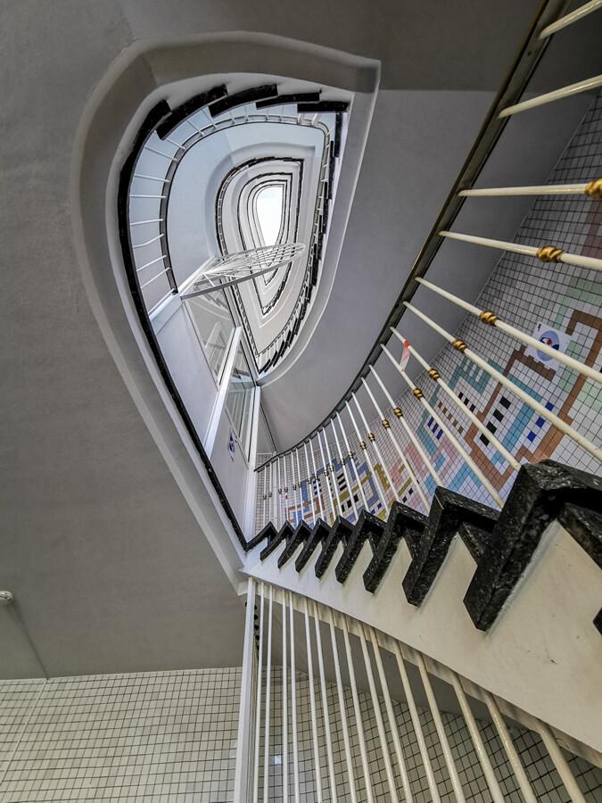 treppenhaus-barmbek-architekturfotografie-tom-koehler