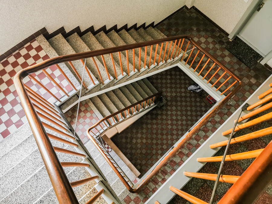 treppenhaus-barmbek-nord-by-abendfarben