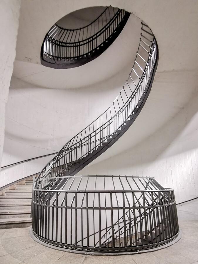 bunker-treppenhaus-hamburg-st-pauli-architekturfotografie