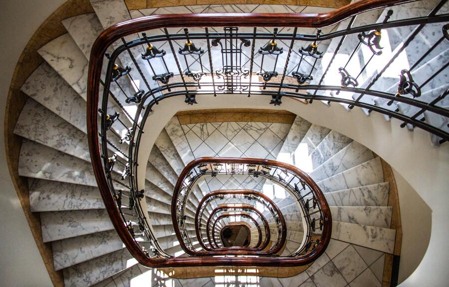 stoertebeker-haus-treppe-rund-by-abendfarben